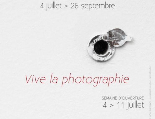 La Place des photographes partenaire du Off photographique 2021 Arles Exposition.